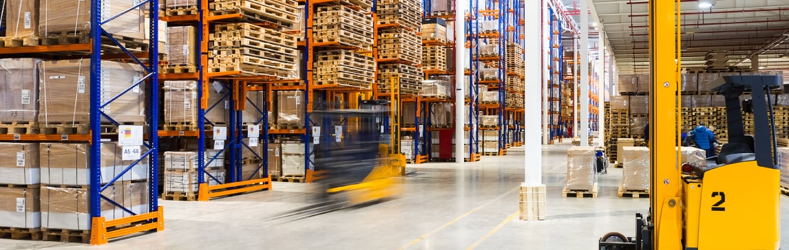 Warehouses with products always in stock to ensure maximum efficiency